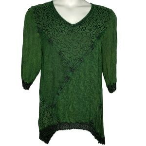 Catherine's 1x Emerald Green Embroidered Tunic